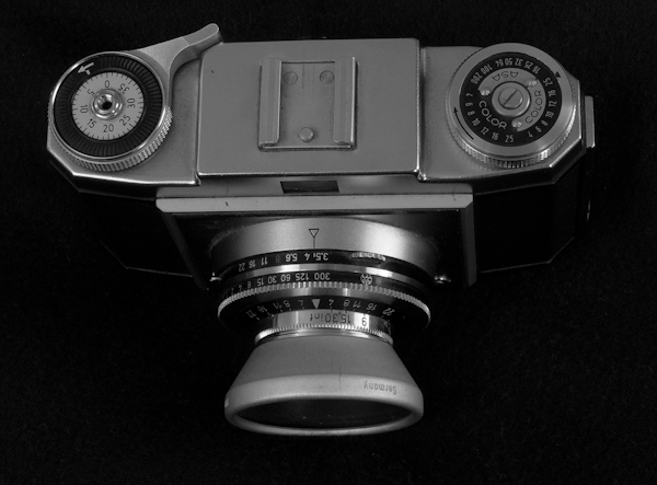 Camera: Zeiss Ikon Contina 1a – FilmPhotography Blog
