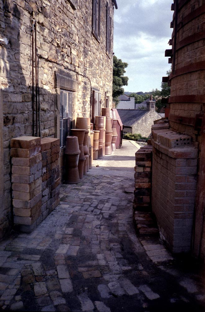 Bardon Mill pottery (Fuji Superia)
